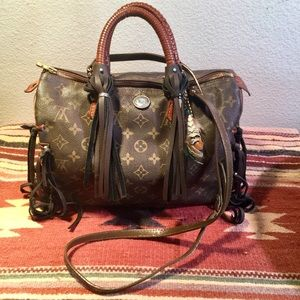 Louis Vuitton Speedy 30 fringed satchel
